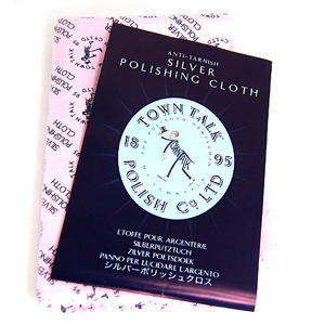 Town Talk의 Anti-Tarnish Silver Polishing Cloth